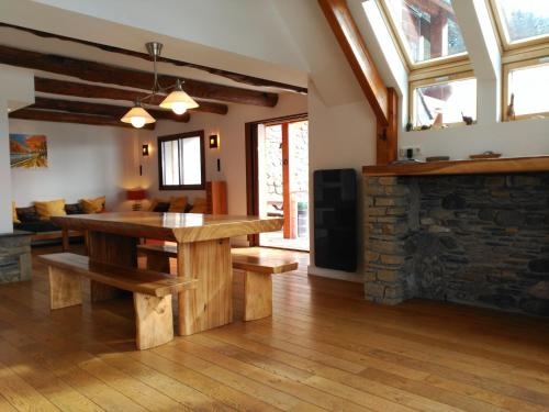 Chalet Le Village : Guest accommodation near Bazus-Aure