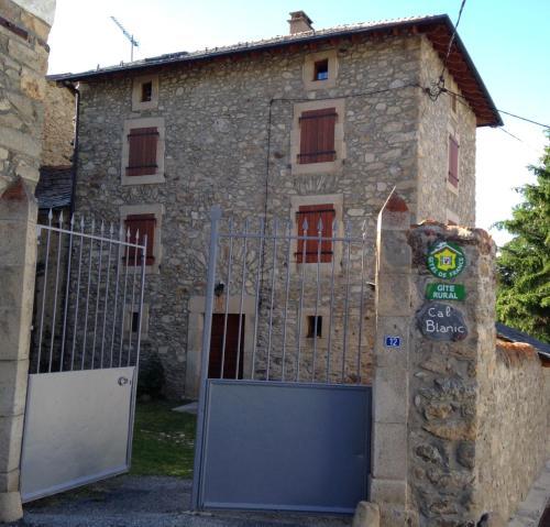 Cal blanic : Guest accommodation near Fontpédrouse