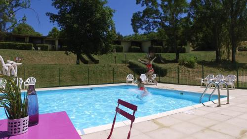 VVF Villages « Les Volcans d'Auvergne » Parent : Guest accommodation near Laps