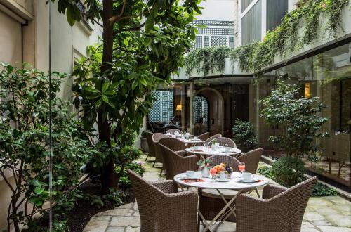 Hotel Des Saints Peres - Esprit de France : Hotel near Paris 7e Arrondissement