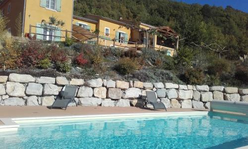 Le jas du Gabian : Guest accommodation near Entrages