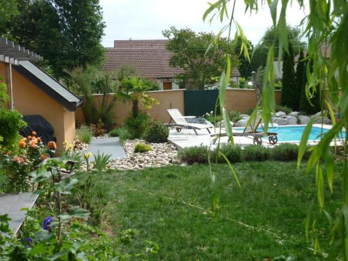 Maison d'architecte : Bed and Breakfast near Painblanc