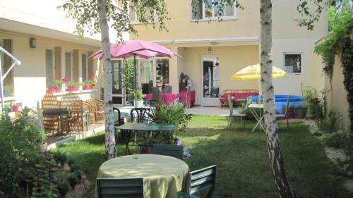 Maison Saint Louis : Guest accommodation near Semur-en-Brionnais