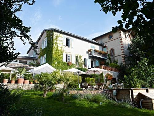 Chambre d'Hôtes La Noue : Bed and Breakfast near Nuelles