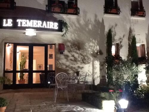Hotel Le Temeraire : Hotel near Varenne-l'Arconce