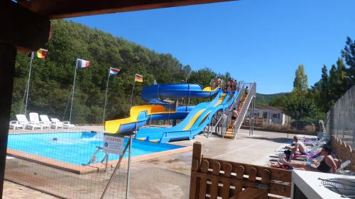 Camping La Vidaresse : Guest accommodation near Puget-Ville