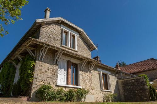 La Ferme de Wary : Guest accommodation near Saint-Germainmont