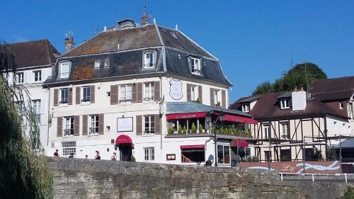 Le Cabouillet : Hotel near Neuville-Bosc