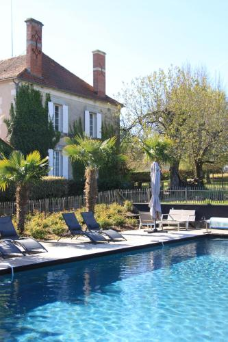 B&B Le Guinot : Bed and Breakfast near Saint-Christophe-de-Double