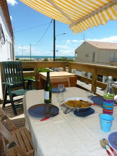 Le Calypso : Apartment near Marseillan