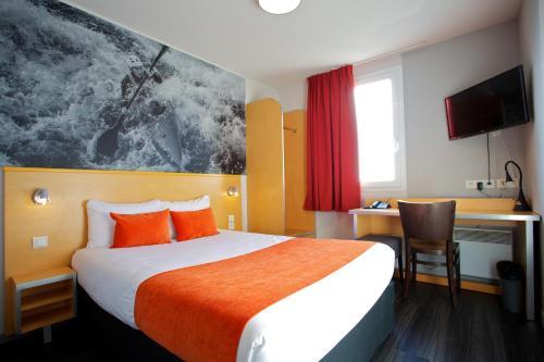 Aka Lodge Lyon Est : Hotel near Montluel