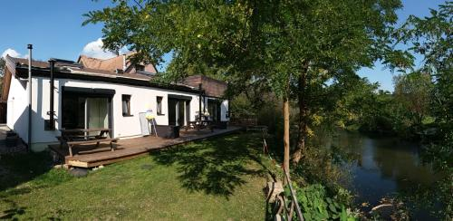 Les Bords de L´Ill : Apartment near Schwobsheim