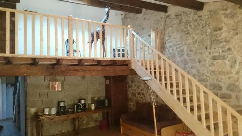 Gîte de La Tour : Bed and Breakfast near La Vacquerie-et-Saint-Martin-de-Castries