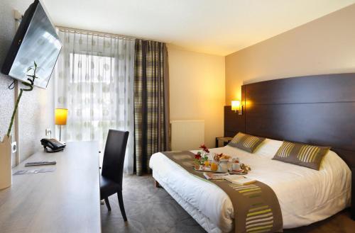 Hotel The Originals Montbéliard Est Arianis Sochaux (ex Qualys-Hotel) : Hotel near Dambenois