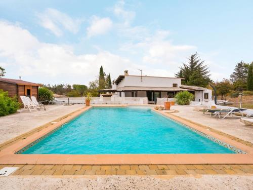 Welkeys Holiday Home - Juvignac : Guest accommodation near Les Matelles