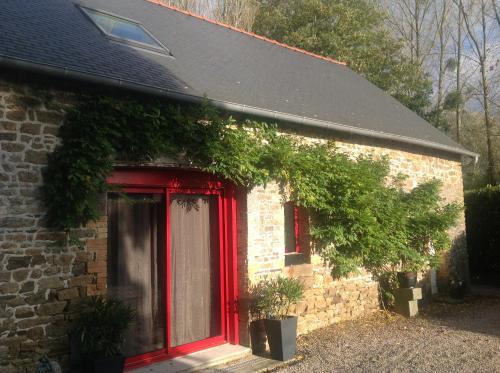 Les Maisons de Lol : Guest accommodation near Lanrigan