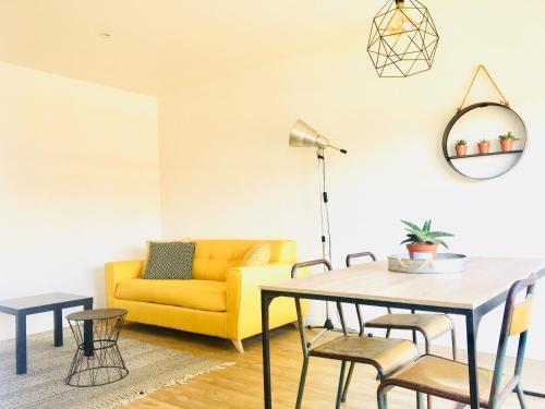 Appartement Halle aux Grains Place Dupuy : Apartment near Toulouse