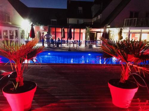 Les Terrasses de Saumur - Logis - Hôtel Restaurant & Spa : Hotel near Les Ulmes