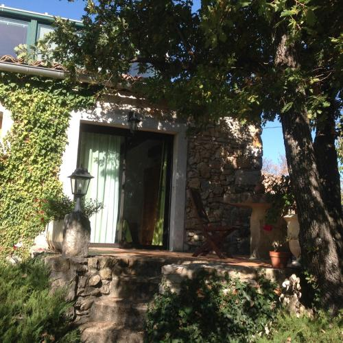 La Martinade : Bed and Breakfast near Bidon