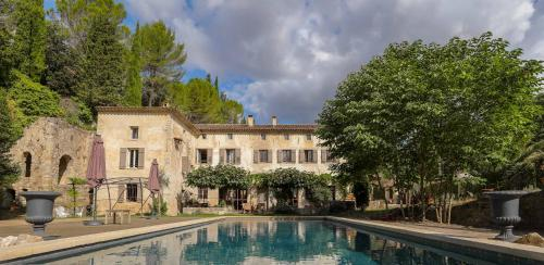Moulin Sainte Anne - B&B and Gîtes : Bed and Breakfast near Grasse