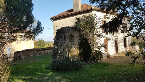 Holiday home Lieu dit Pourquet : Guest accommodation near Vic-Fezensac