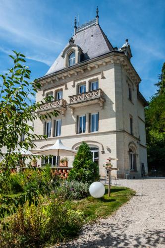 Gite Du Chateau De La Chomette : Guest accommodation near Chomelix