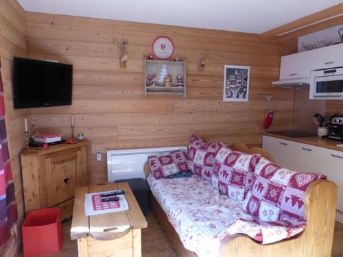 AURORE 629 : Apartment near Enchastrayes