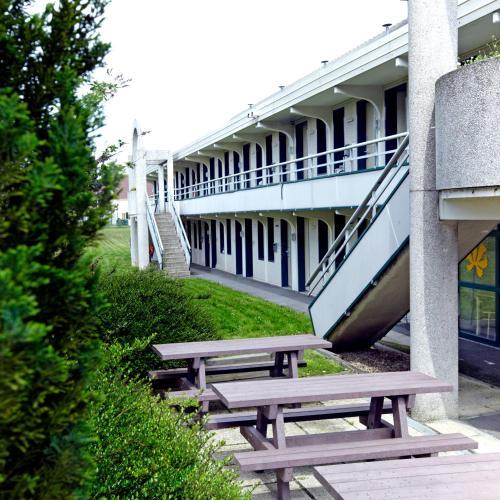 Premiere Classe Chantilly Sud Luzarches : Hotel near Le Mesnil-Aubry