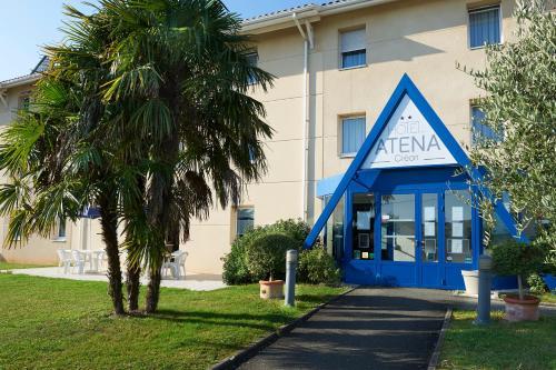 Hotel Atena : Hotel near Lignan-de-Bordeaux