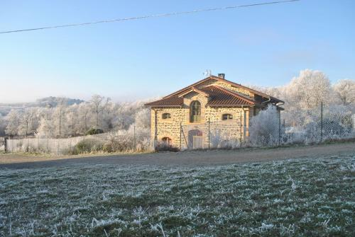 B&B Domaine de la Poyat : Bed and Breakfast near Frontenas