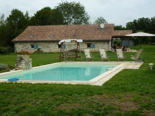 House Serignac - 10 pers, 120 m2, 6/5 : Guest accommodation near Bouloc