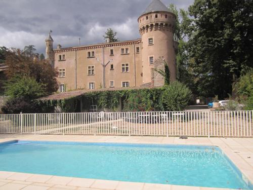 Chateau du Rey : Bed and Breakfast near Aulas