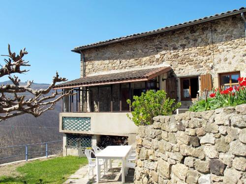 Reihenhaus Antraigues-sur-Volane 102S : Guest accommodation near Laviolle
