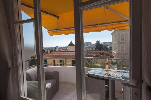 Imperator : Apartment near Cannes