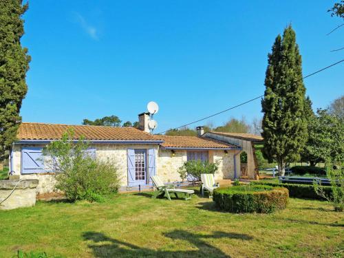 Ferienhaus Gaillan-en-Medoc 100S : Guest accommodation near Lesparre-Médoc