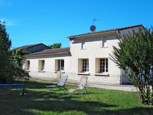 Ferienhaus Gaillan-en-Médoc 140S : Guest accommodation near Civrac-en-Médoc