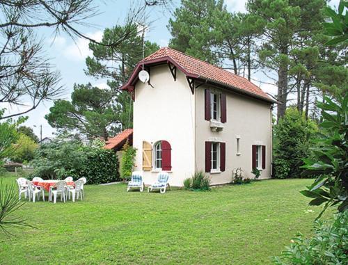 Ferienhaus Lit-et-Mixe 100S : Guest accommodation near Uza