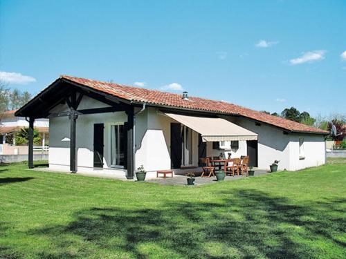 Ferienhaus Mézos 110S : Guest accommodation near Morcenx