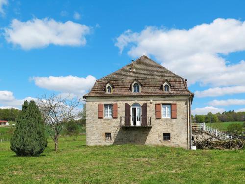 Ferienhaus Sousceyrac-en-Quercy 100S : Guest accommodation near Lamativie