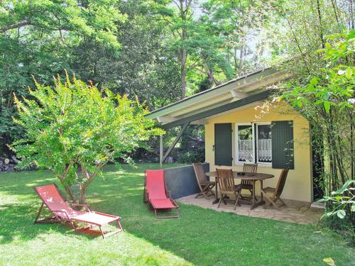 Ferienhaus Queyrac 100S : Guest accommodation near Saint-Germain-d'Esteuil