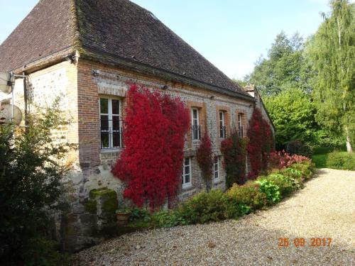 Moulin de Sévoux : Bed and Breakfast near Moussonvilliers