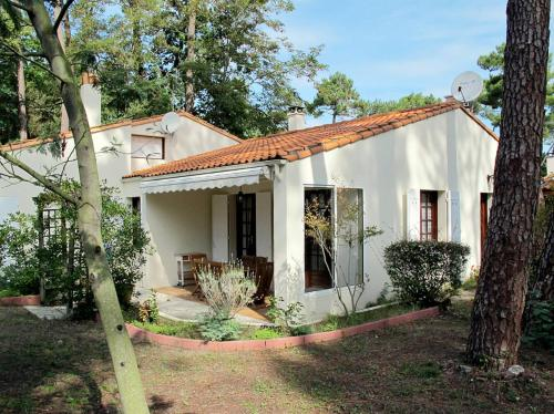 Ferienhaus Ronce les Bains 200S : Guest accommodation near Marennes