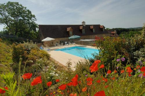 Gîtes de charme Le Cheyssignaguet : Guest accommodation near Valojoulx