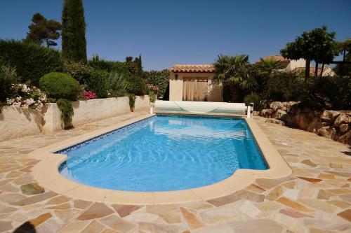 FranceComfort - Jardin du Golf : Guest accommodation near Saint-Zacharie