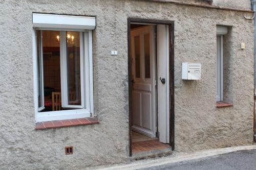 Gite Notre Dame : Guest accommodation near La Redorte