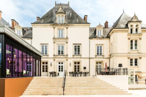 Le Mans Country Club : Hotel near Briosne-lès-Sables