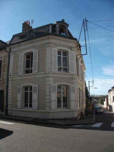 Le Gouverneur : Bed and Breakfast near Sérigny