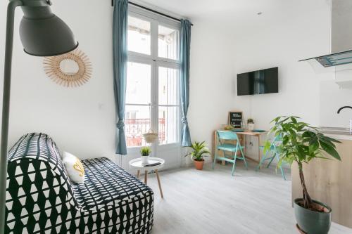 Studio proche Jean Moulin, location courte durée : Apartment near Béziers