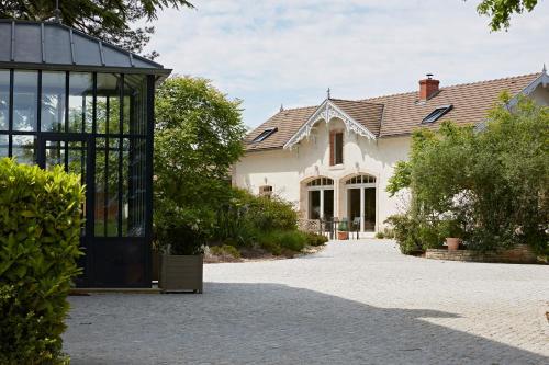 EVIDENCE Maison d'Hôtes : Guest accommodation near Savianges