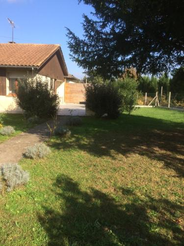 Gite Du Sudre : Guest accommodation near Saint-Quentin-de-Baron
